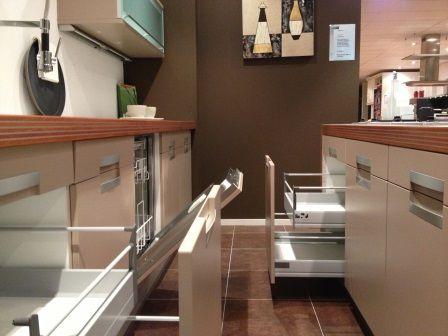 Alle showroomkeuken aanbiedingen uit nederland keukens voor zeer lage - Centrum eiland keuken prijs ...