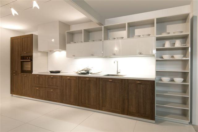 Grote Keuken Showroom : keukens voor zeer lage keuken prijzen Rechte keuken houtdecor