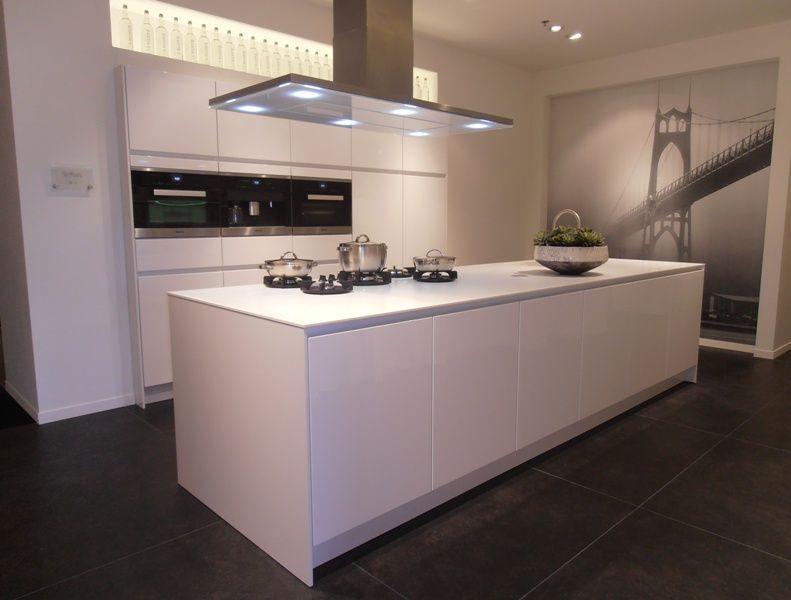 Siematic Keuken Corian : keukens voor zeer lage keuken prijzen Luxe SieMatic eilandkeuken