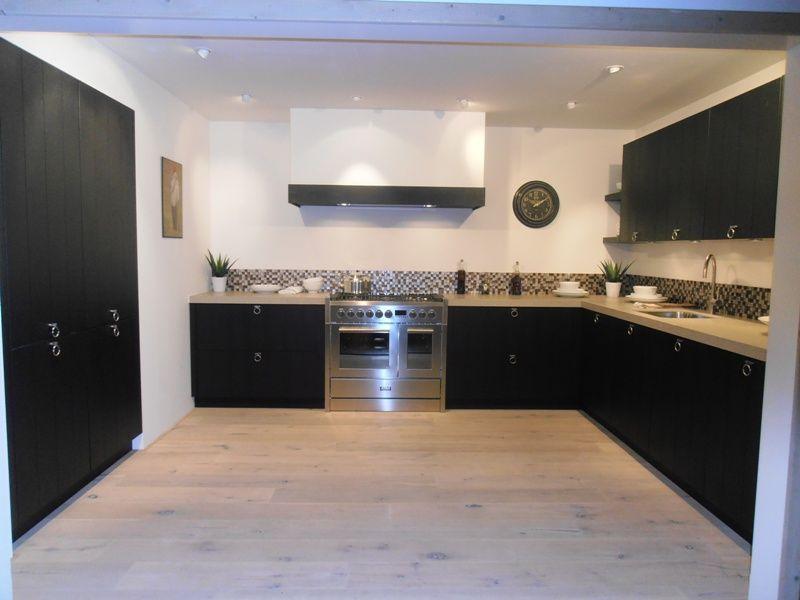 Keuken Eiken Fineer : lage keuken prijzen Landelijke fineer keuken in eiken zwart [53711