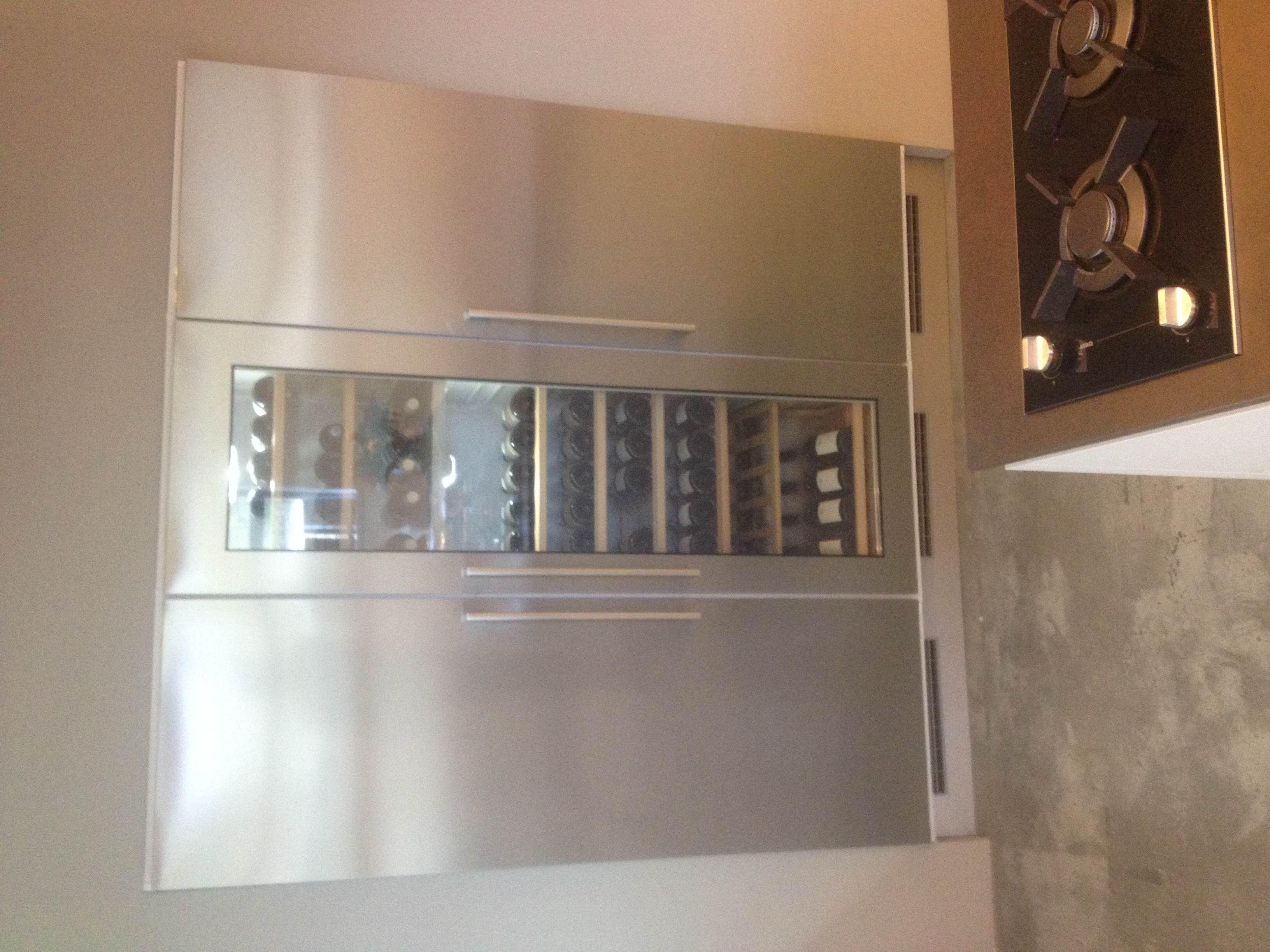 ... lage keuken prijzen : Greeploze keuken met een dekton werkblad [53759