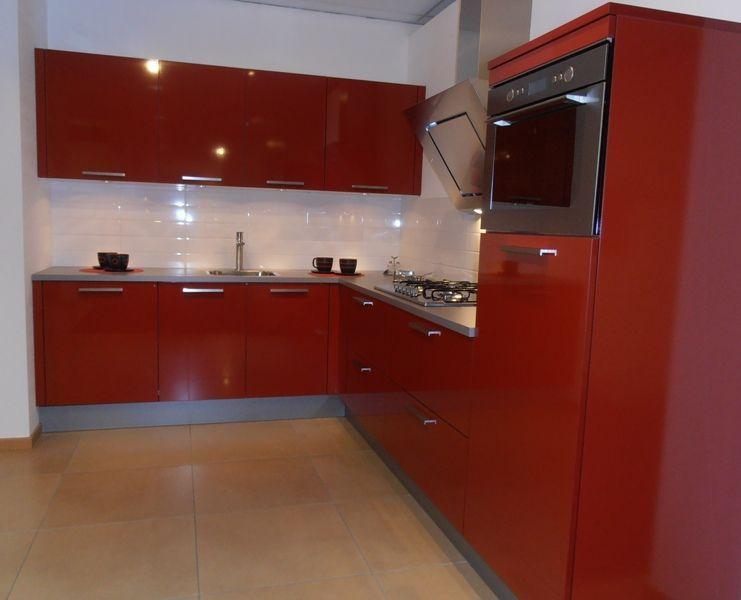 Showroomkeukens Be Alle Showroomkeuken Aanbiedingen Uit Nederland Keukens Voor Zeer Lage Keuken Prijzen Design Keuken In Hoogglans Rood 53949