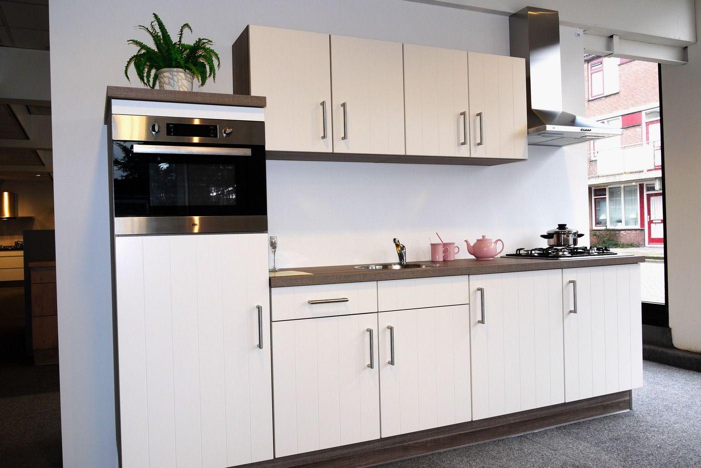 Keukens Modern Prijs : Showroomkeukens be Alle Showroomkeuken aanbiedingen uit