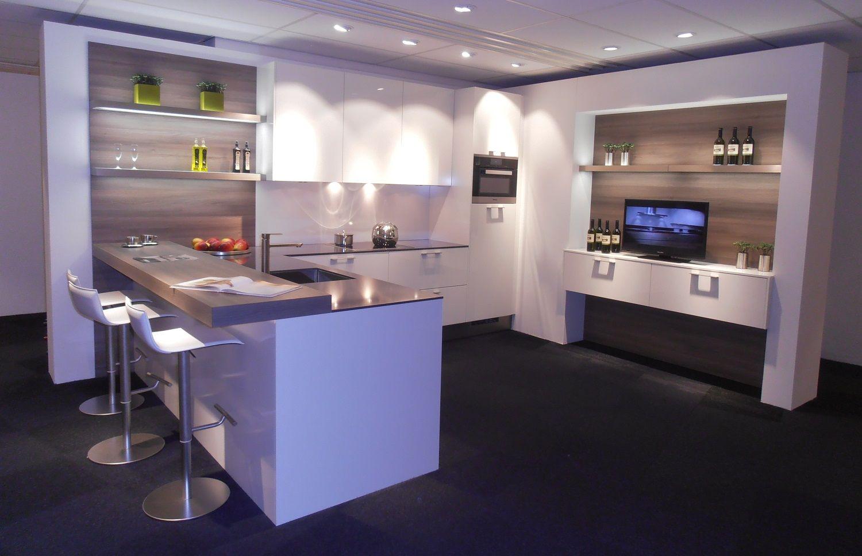 Keukens Met Miele Apparatuur : Showroomkeukens be Alle Showroomkeuken aanbiedingen uit